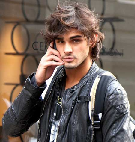 Men's messy hairstyle 2013