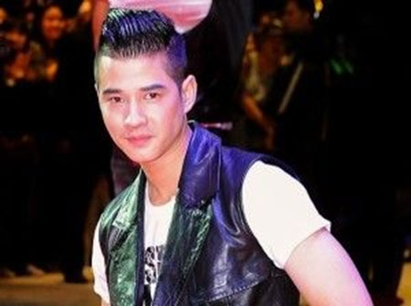 Best Hairstyles for Asian Men_12