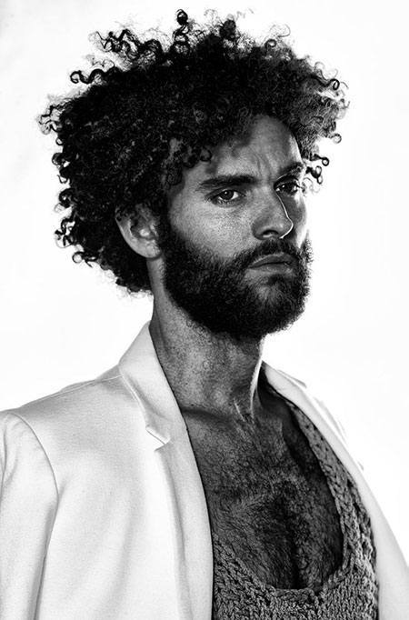 Cool Curly Hairstyles for Men_2