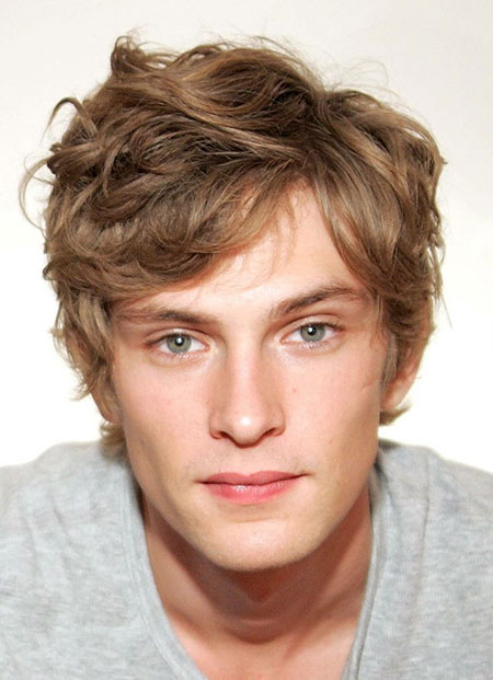 Short Wavy Hairstyles for Men | Mens Hairstyles 2018