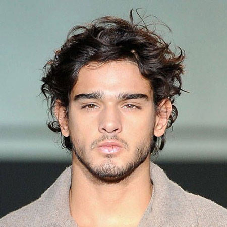 Short Wavy Hairstyles for Men_10