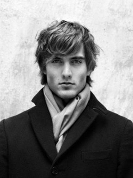 Short Wavy Hairstyles for Men_15