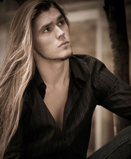 25 Best Long Hairstyles for Men_10