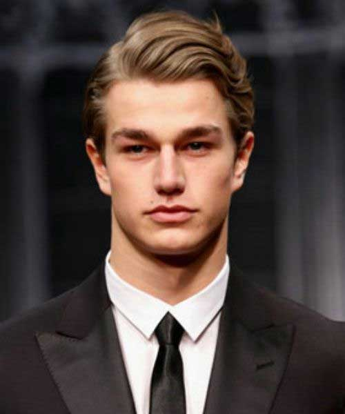 Modern Yet Classic Men's Wavy Hairstyles