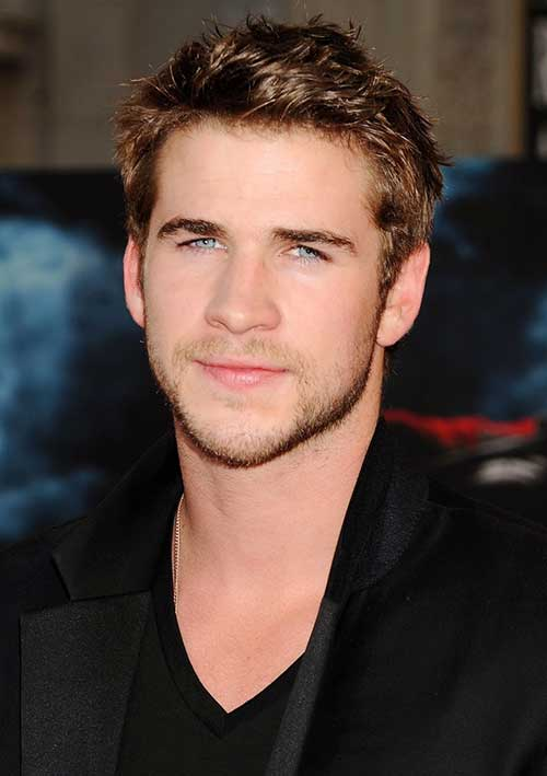 Liam Hemsworth Easy Messy Hairstyles for Men