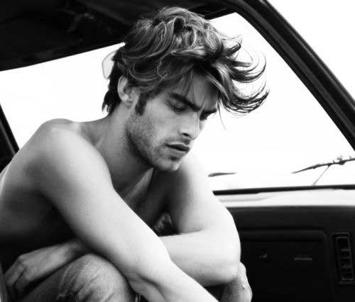 Medium Messy Hairstyles for Guys