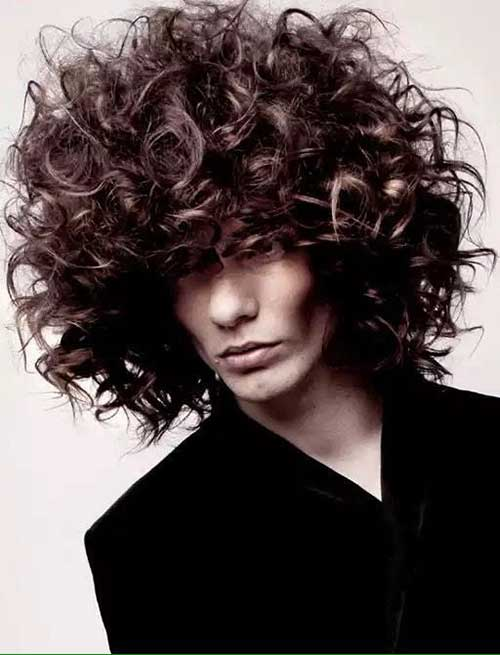 Best Trendy Men With Curly Hair