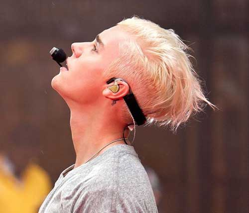 Justin Bieber With Blonde Hair-12