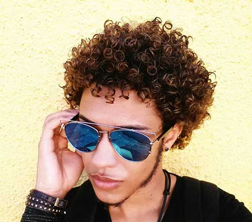 Short Curly Hairstyles for Men-12