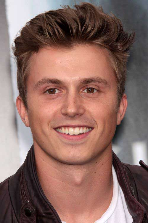 Hairstyles for Men with Round Faces-14