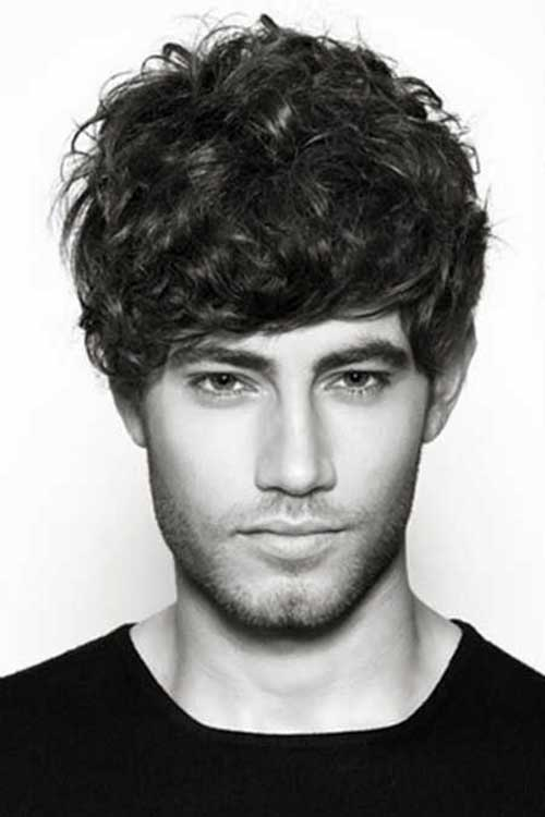Short Curly Hairstyles for Men-14