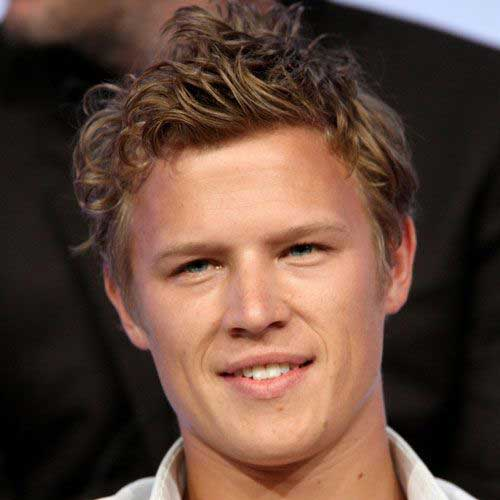 Curly Hairstyles for Boys-15