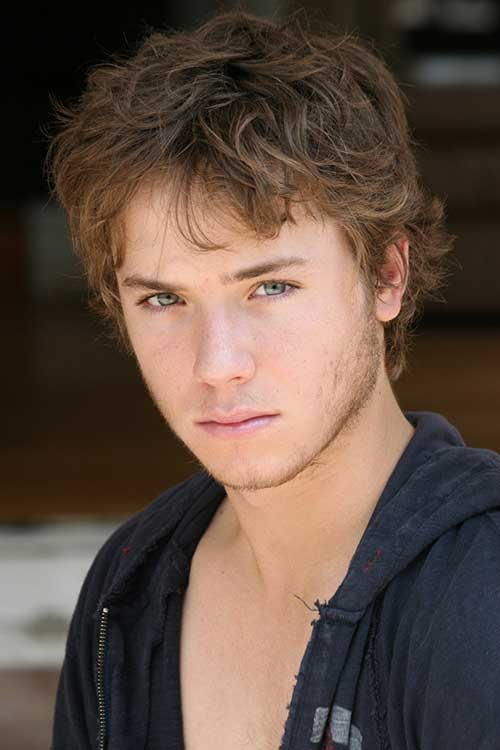 Jeremy Sumpter Messy Hair