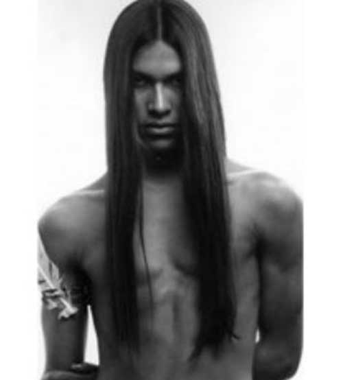 Dark Long Straight Hair Idea for Guys