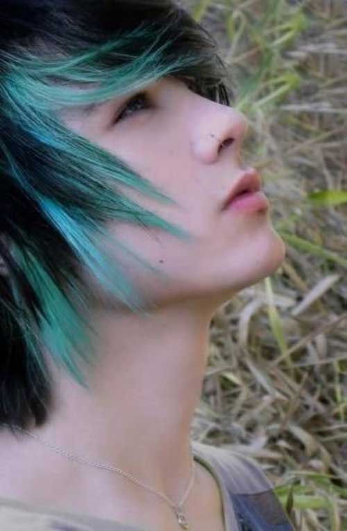 Guys with Blue Highlighted Hairstyles