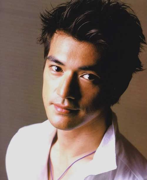 Japanese Messy Hair Idea for Men