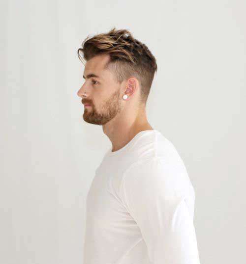 Short and Medium Haircuts for Men-16