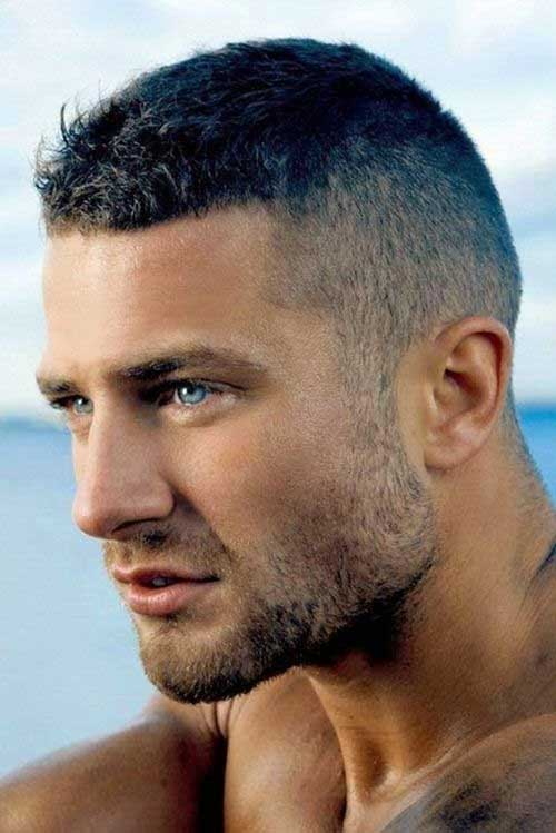 Short and Medium Haircuts for Men-9