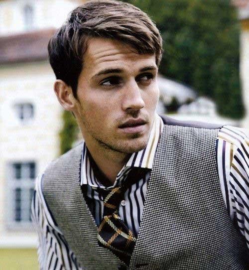 Casual Medium Haircut Ideas for Men