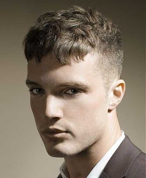 Best Casual Haircuts for Wavy Hair Men
