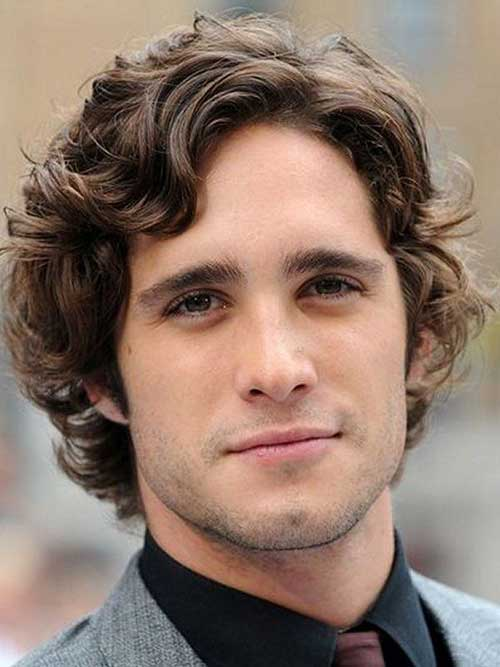 Cool Curly Hairstyles for Medium Hair Men