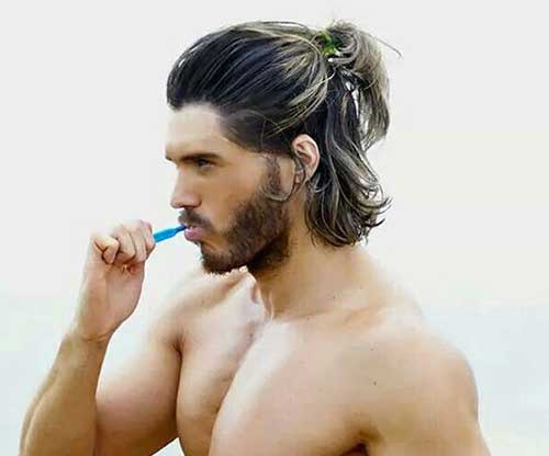 Stylish Hairstyles for Medium Hair Men