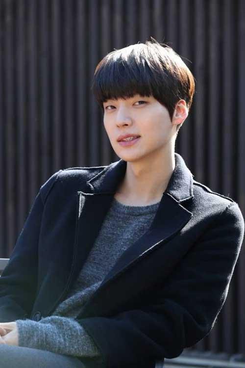 New Korean Straight Hairstyles for Men