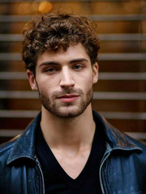 Haircuts for Men with Curly Hair-7