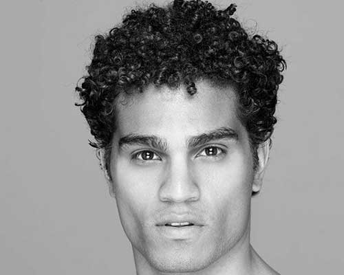 Short Curly Hairstyles for Black Men-17