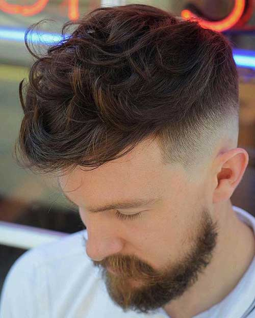 Thick Wavy Hairstyles for Men-13