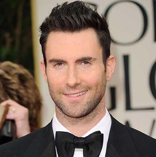 Adam Levine Hairstyles-17