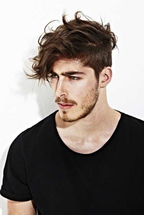 Hairstyles for Wavy Hair Men-19