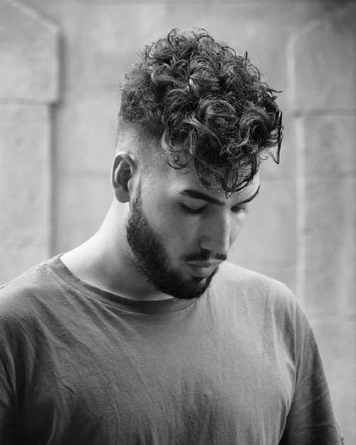 Men with Curly Hairstyles-6