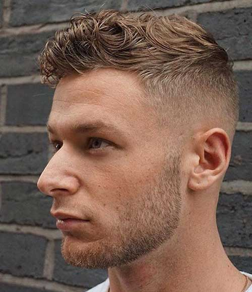 Hairstyles for Wavy Hair Men-8