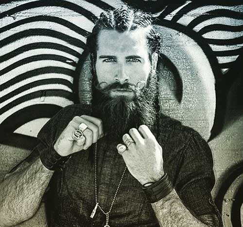 Full Beard Styles for Men-15