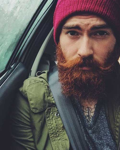 Full Beard Styles for Men-19