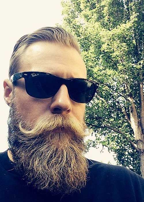 Full Beard Styles for Men-20