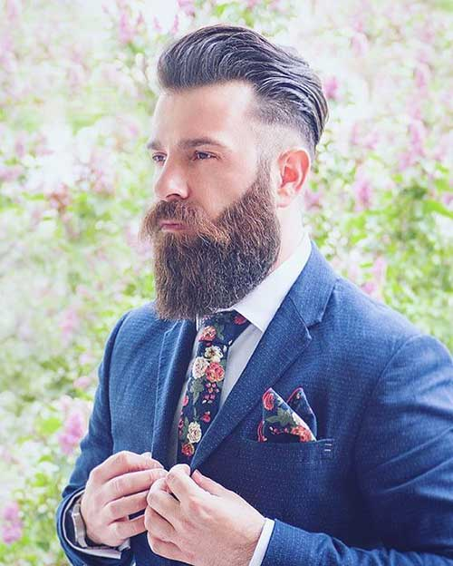 Full Beard Styles for Men-24