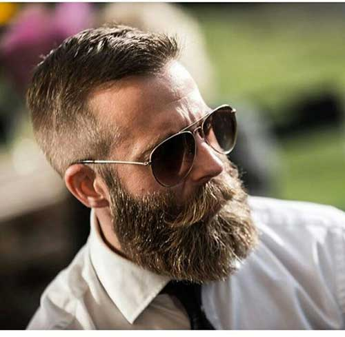 Full Beard Styles for Men-26