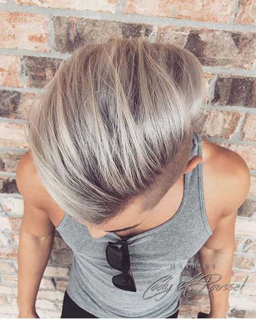 Medium Cut Hairstyles for Men-11