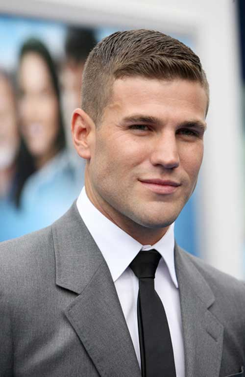Army Short Haircuts for Men-15