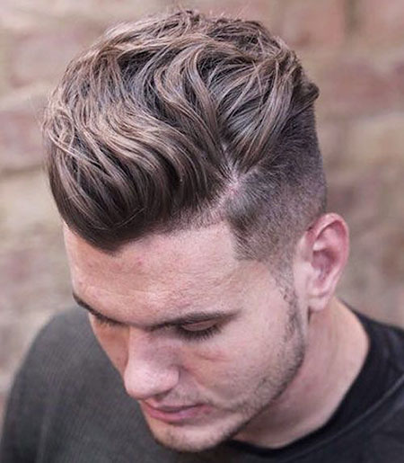 20 Hairstyles For Men With Wavy Hair