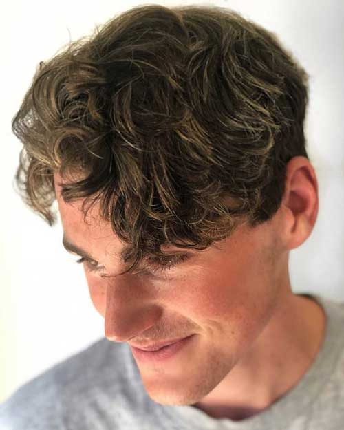 Medium Hairstyles for Guys 2018-19