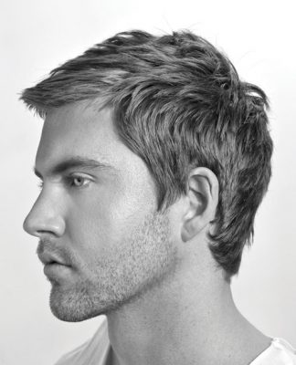 Short Side swept hairstyle for men