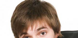 Thin Brown Hairstyles Men