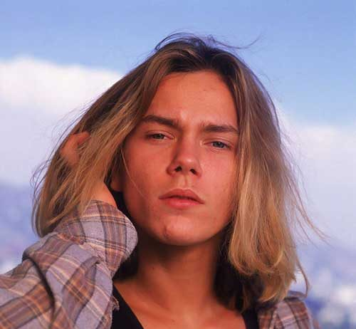 Famous Men Blonde Long Hairstyle Pics