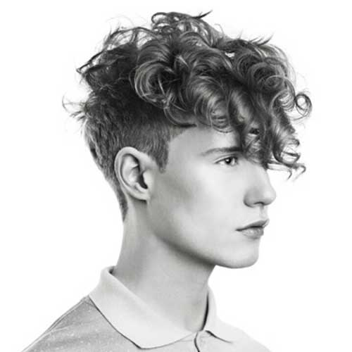 must-see-curly-hairstyles-for-men