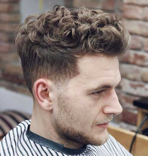Best Haircuts for Men with Curly Hair-11