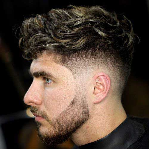Best Haircuts for Men with Curly Hair-12
