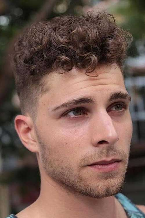 Best Haircuts for Men with Curly Hair-13